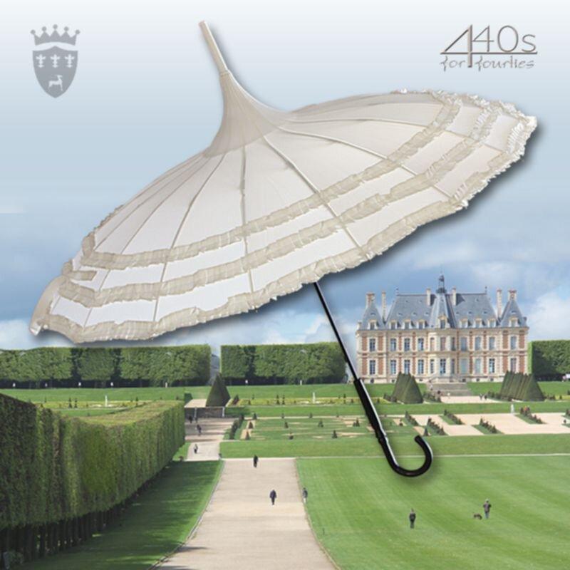 Von Lilienfeld® Regenschirm AMELIE in Pagodenform, mit 3 Rüschenborten, ecru