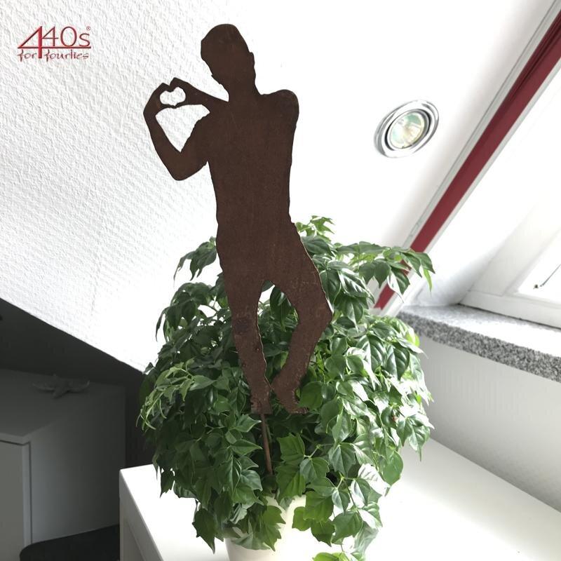 SAREMO Rost Figur Tom mit Herz ca 28 cm H auf Stab | SA-TomH30S